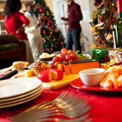 December is a month of buffets, holiday parties and family dinners. In order to ensure a safe and healthy holiday, it's important to follow a few simple tips regarding food.